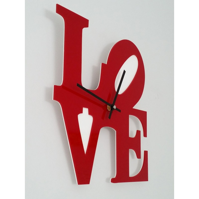Moderno reloj de pared basado en la famosa escultura love - Relojes modernos de pared ...