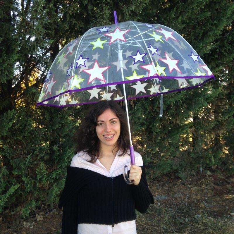 Paraguas transparente con estrellas