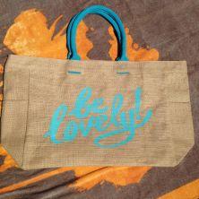 Bolsa de playa con frase: be lovely